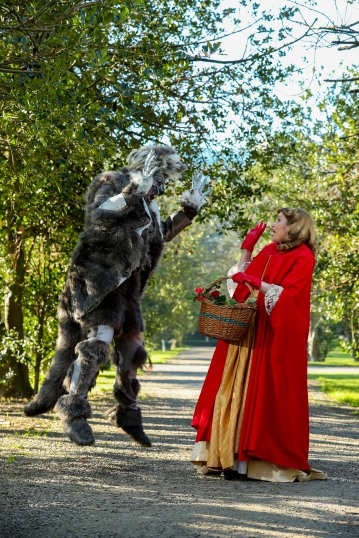 26/02/2019 NO REPRO FEE, MAXWELLS DUBLIN 'twisting the tale' as part of the Scéal Eile Schools' Writing Competition from An Post PIC SHOWS: Alison Dennan Red Riding Hood and the Big Bad Wolf Stephen Holland picnic together in the Iveagh Gardens. They are 'twisting the tale' as part of the Scéal Eile Schools' Writing Competition from An Post and INTO, launching in schools nationwide this week www.anpostschoolbag.ie PIC: NO FEE, MAXWELLPHOTOGRAPHY.IE